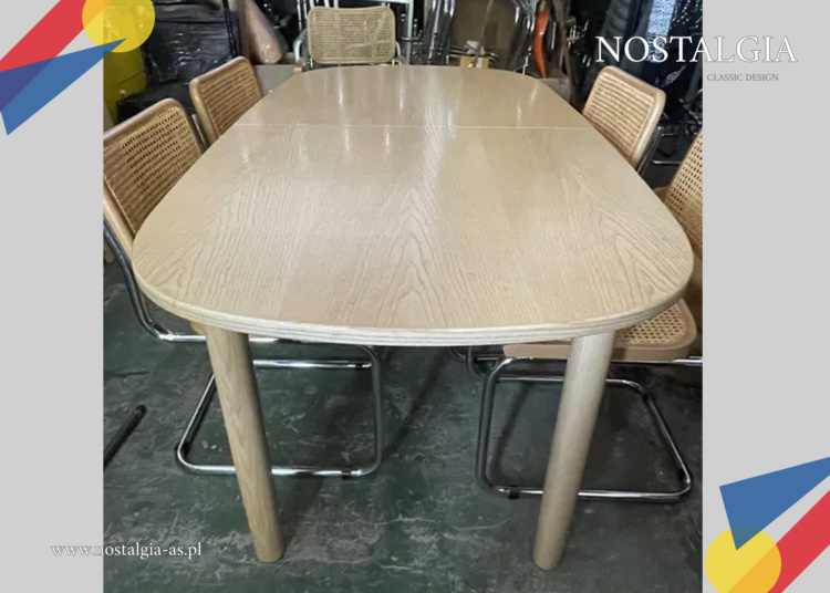 Stół Thonet 1131